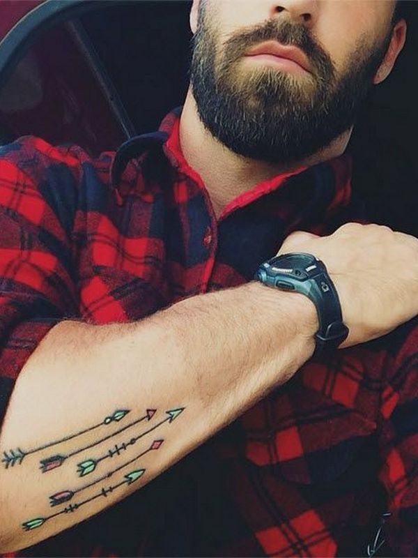 Tatuajes de flechas para hombres
