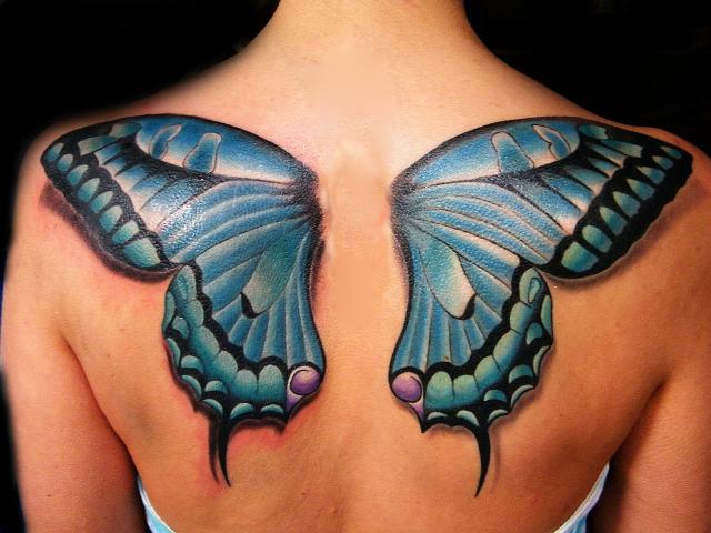 imagen alas de mariposa en la espalda