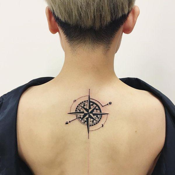 estrella del norte tatuaje para mujeres