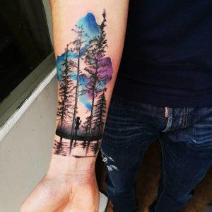 Tatuajes de Bosque en el Brazo