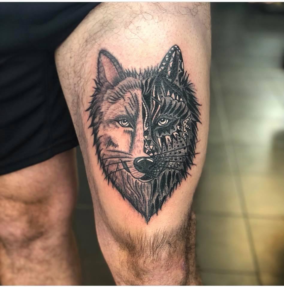 lobo en la pierna para hombre
