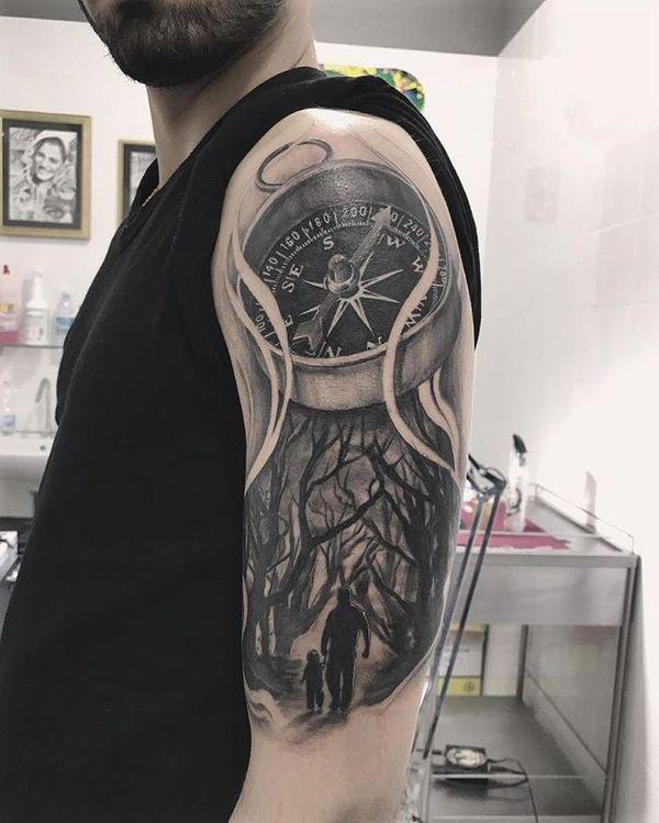 significado de tatuaje de brujula al oeste
