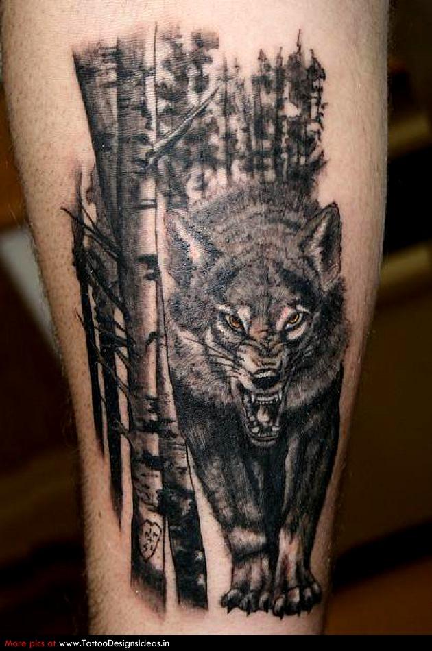 tatuaje de lobo malo en el bosque