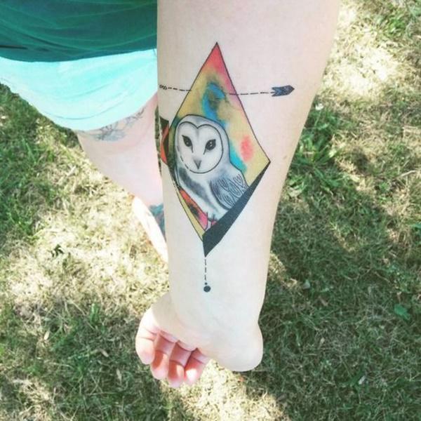tatuaje geometrico en el brazo