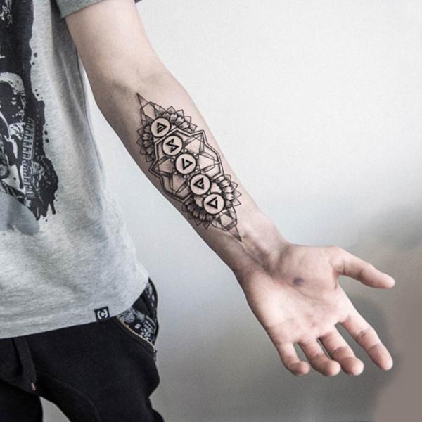 tatuajes con geometria