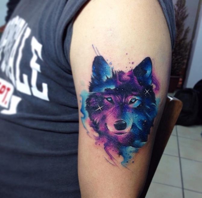tatuajes de lobo a color