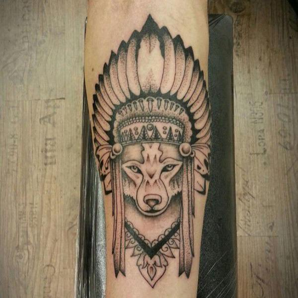 tatuajes de lobos para mujeres