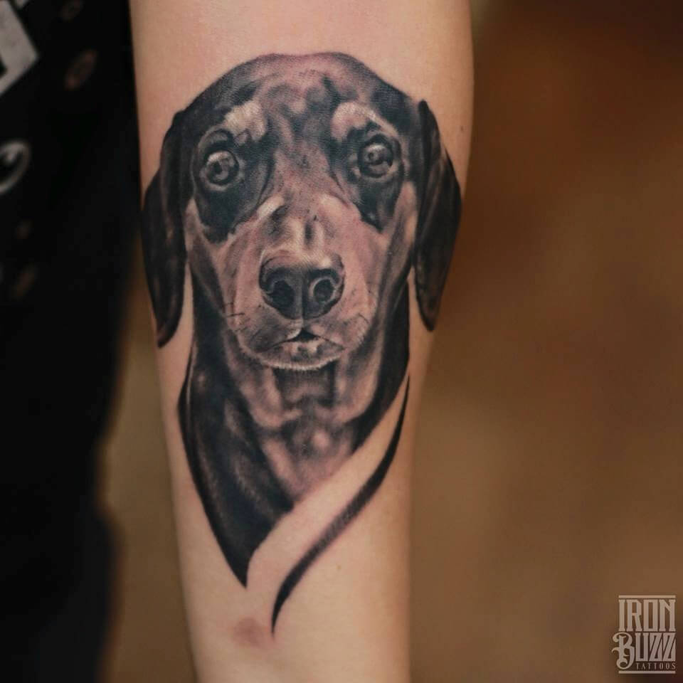 tatuaje de perro realista