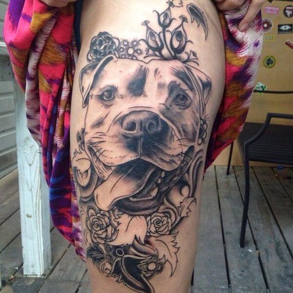 tatuaje de pitbull realista
