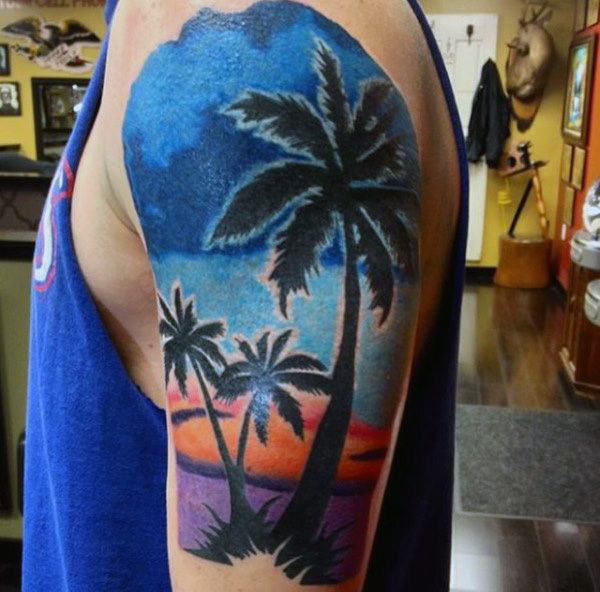 tattoo de palmera en la playa