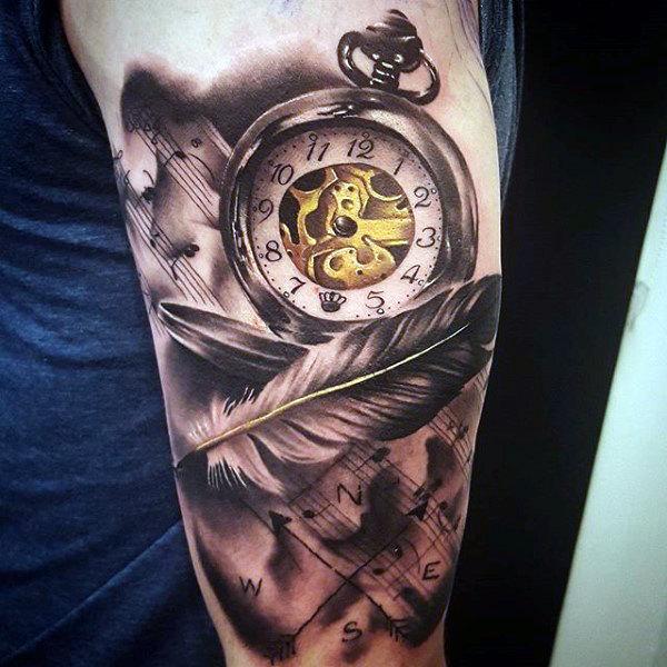 reloj con pluma