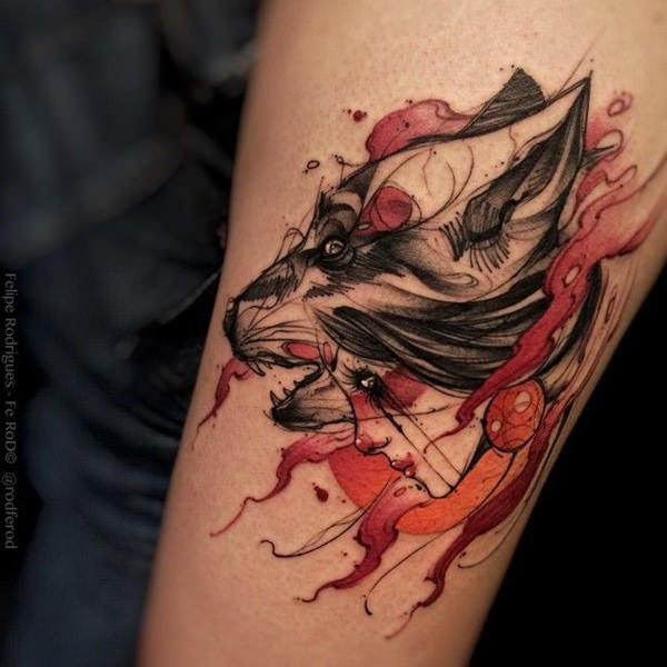 tatuaje de lobo como acuarela
