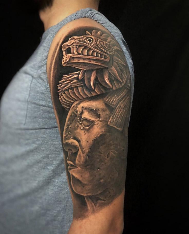 serpiente azteca emplumada