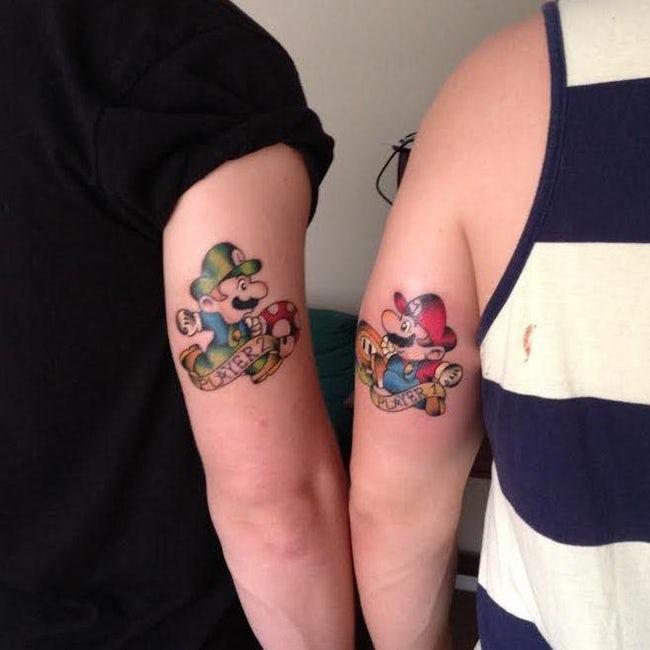 tatuaje de mario y luigi