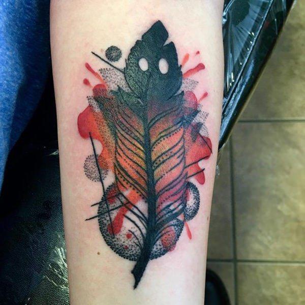 diseño de tattoo de pluma