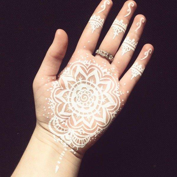 mejores tatuaje con tinta blanca