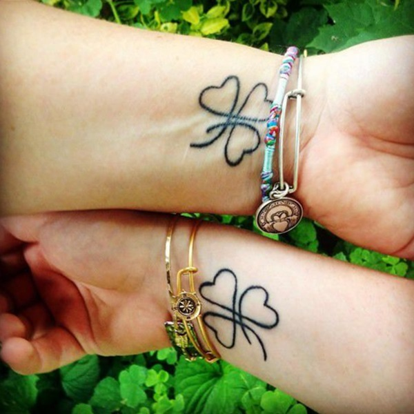 tattoo trebol de corazones para familia