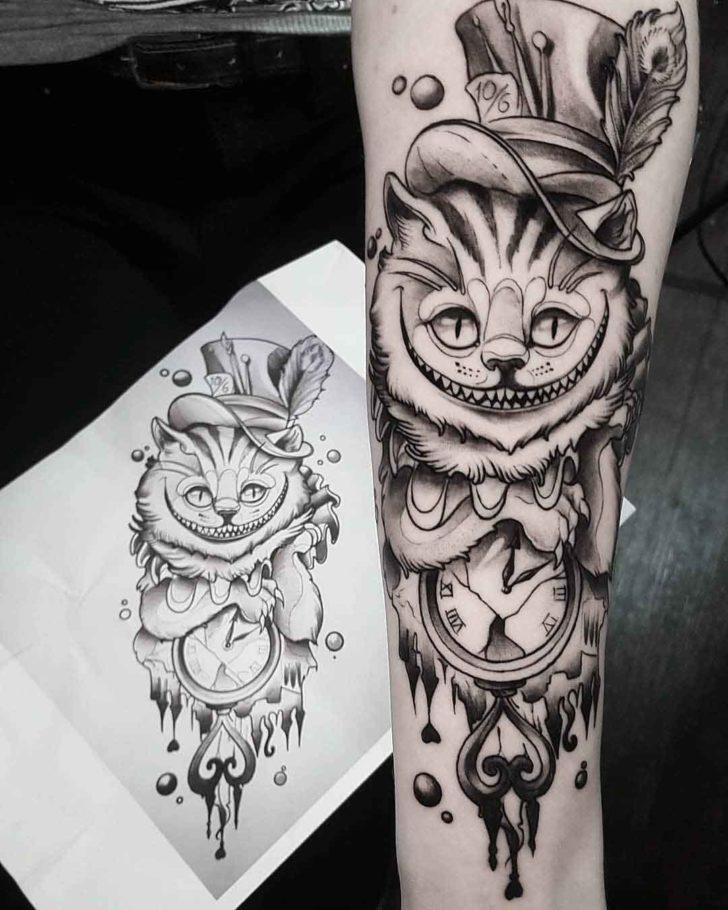 mejor tatuaje del gato de cheshire