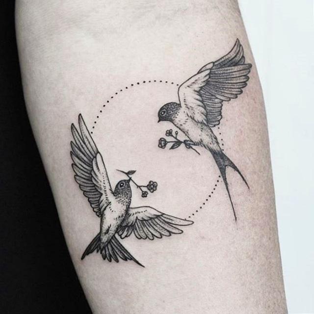 tatuaje de palomas