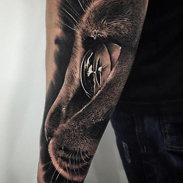 tatuaje manga ojo de gato