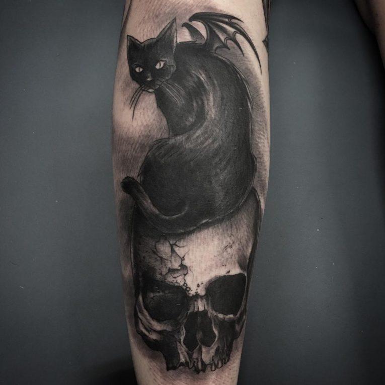 tatuajes de gato y calavera