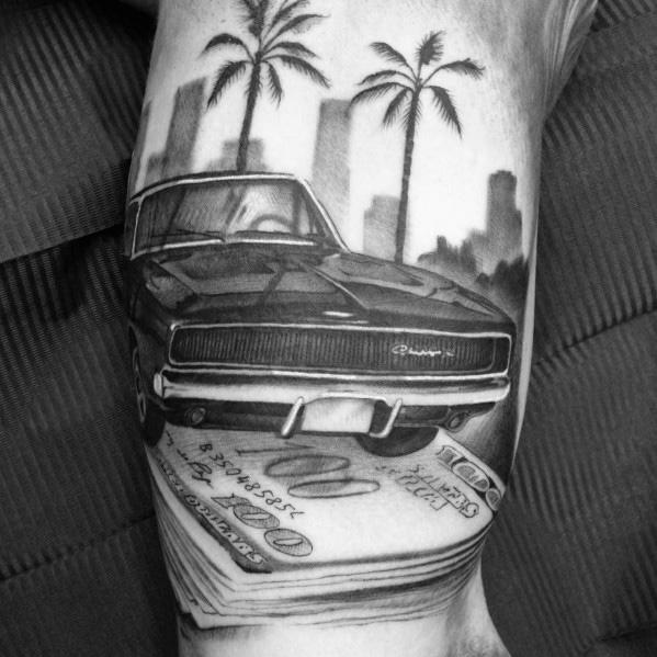 tatuaje de dodge clasico y dolares