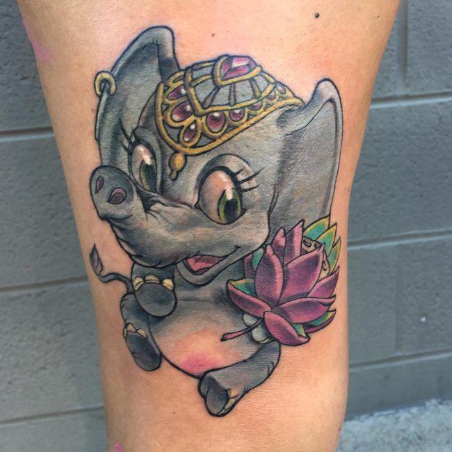 tatuaje de elefante bebe