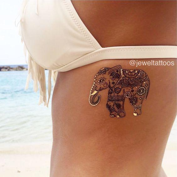 tatuaje en las costillas de elefante