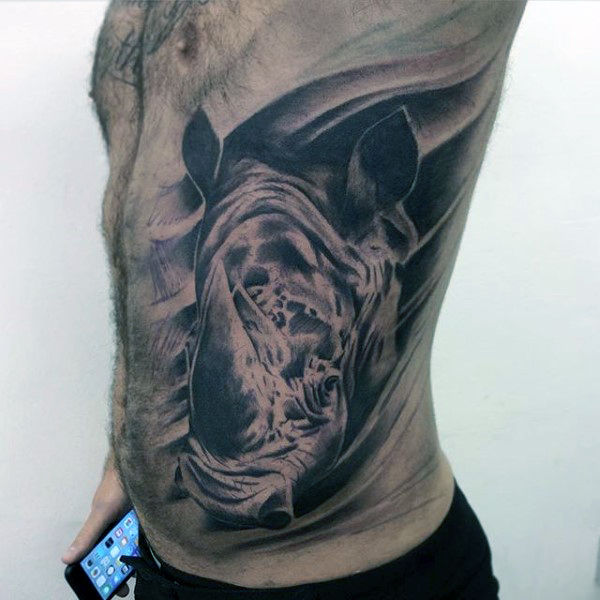 que simbolizan los tatuajes de rinocerontes