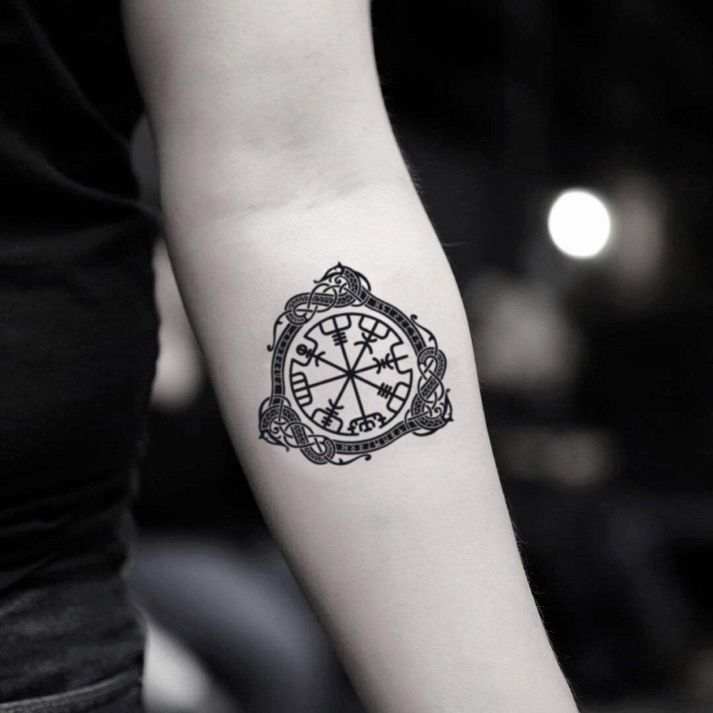tatuaje de Vegvísir