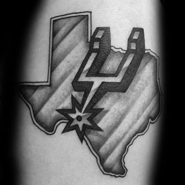 tatuaje de texas y los san antonio spurs