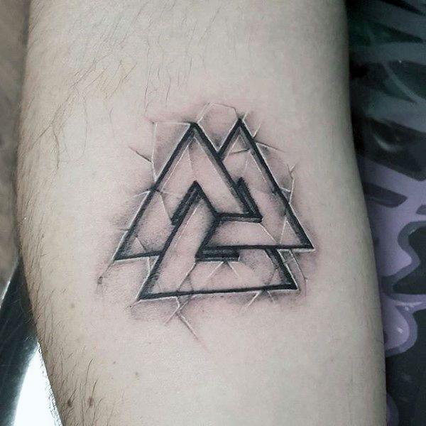 tatuaje del nudo de la muerte