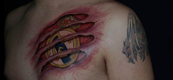 tatuaje real madrid en la piel