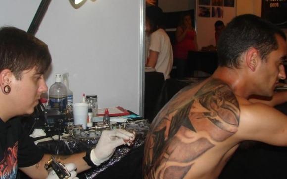 tatuadores uruguayos