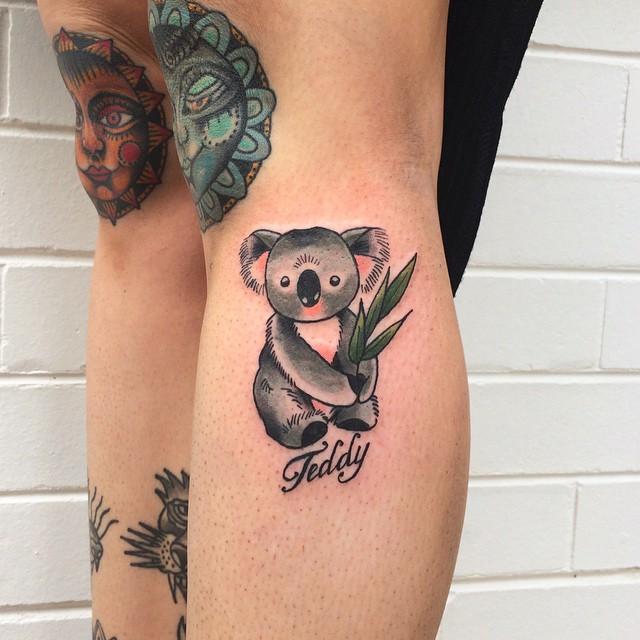 diseño de tatuaje de koala para mujeres