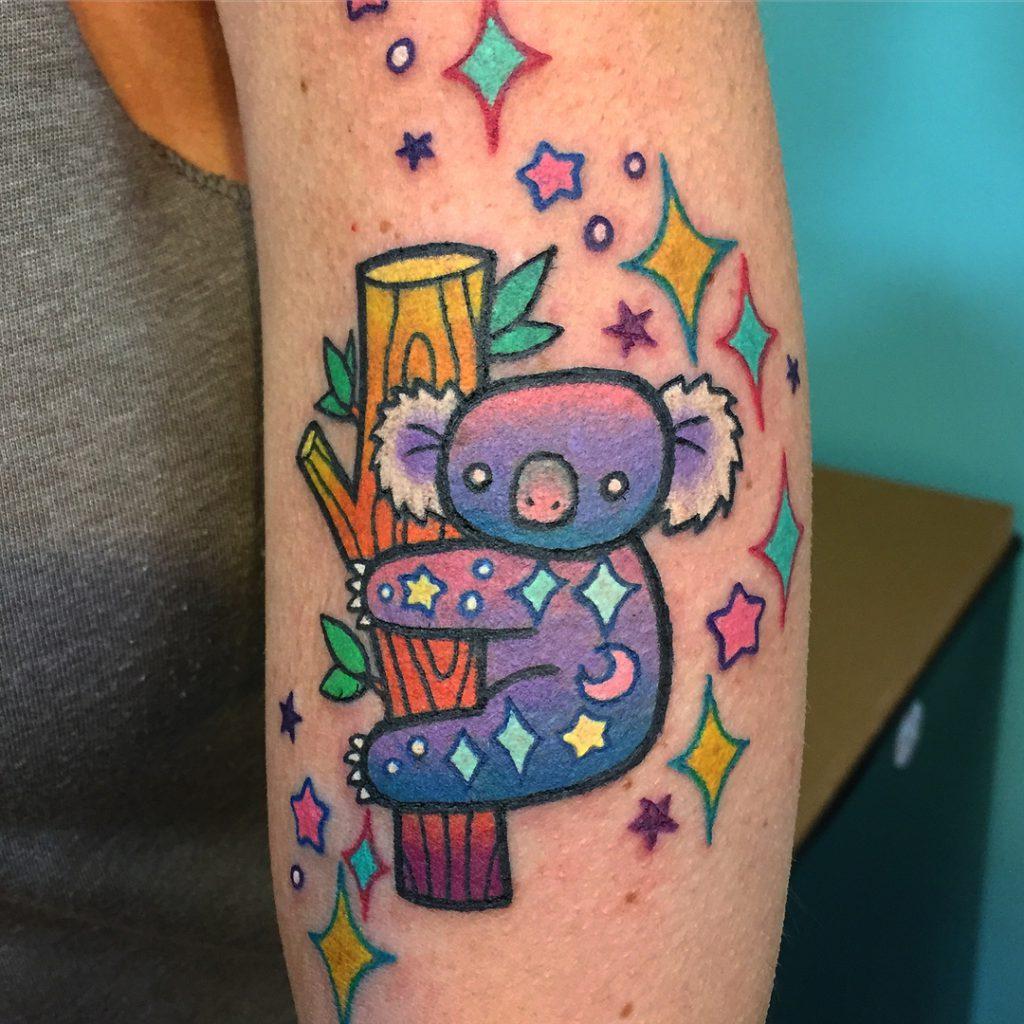 tatuaje caricatura de koala