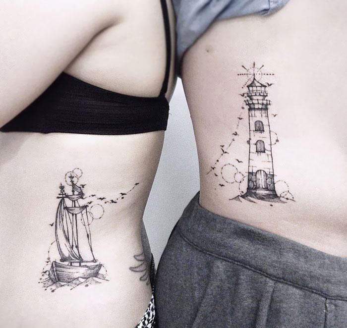 tatuaje de faro para parejas o amigas