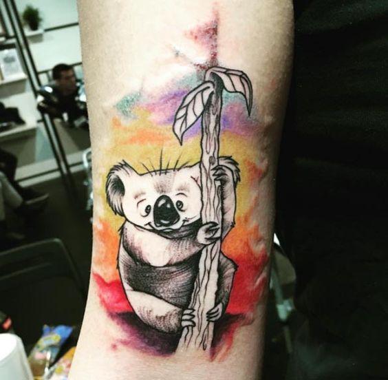 tatuaje en acuarela de koala