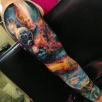 tatuaje manga de universo a color