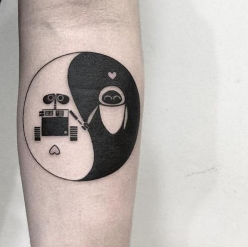 diseño tatuaje yin yang y amor