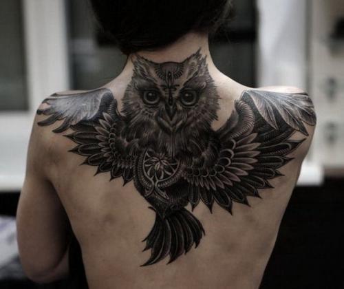 ideas para tatuajes de lechuzas para mujer