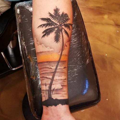mejor tatuaje de palmera