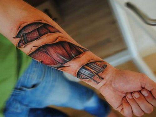 tatuaje en el brazo en 3D