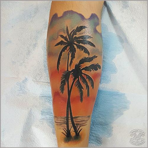 tatuajes de palmeras a color