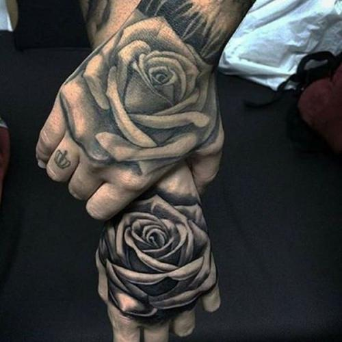 tatuajes de rosas para parejas